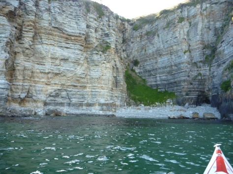 I found some shelter from a stiff northerly in this great little cliff-cove near Cape Deslacs